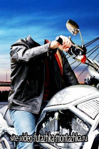 Растровый клипарт - Байкер за рулем мотоцикла